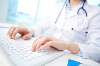nurse taking classes online
